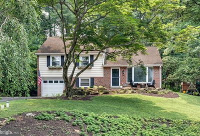 582 Forest Road Wayne PA 19087
