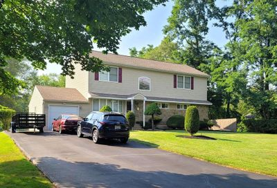 92 Willow Drive Warminster PA 18974