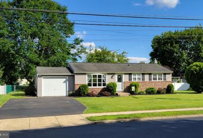841 Valley Road Warminster PA 18974