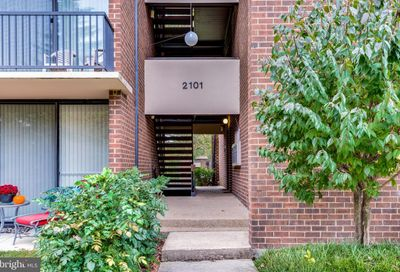 2101 Walsh View Terrace 17-202 Silver Spring MD 20902