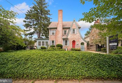 4611 Derussey Parkway Chevy Chase MD 20815