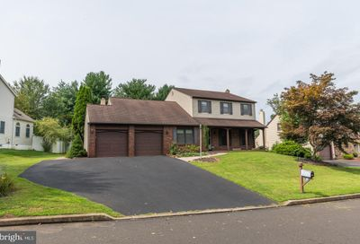 161 Forrest Drive Holland PA 18966