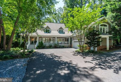 8605 Long Acre Court Bethesda MD 20817