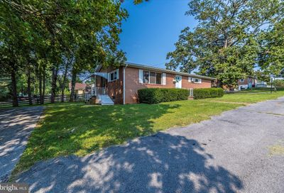 512 Forrest Avenue Charles Town WV 25414