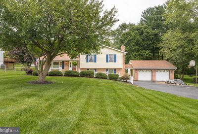 728 Rolling Ridge Drive Westminster MD 21157