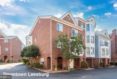 107 Chesterfield Place SW Leesburg VA 20175