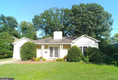 8609 Woodbrook Lane Chevy Chase MD 20815