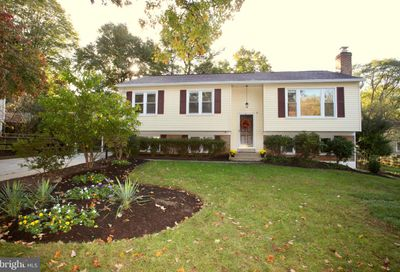 8 Barclay Court Rockville MD 20850