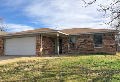 5207 Clearwater Ct Amarillo TX 79110