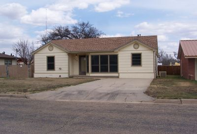 408 Franklin Ave Panhandle TX 79068