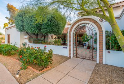 5221 E Via Del Cielo -- Paradise Valley AZ 85253