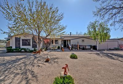 18557 S Anna Smith Road Peeples Valley AZ 86332