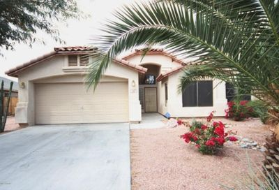 102 E Clairidge Drive San Tan Valley AZ 85143