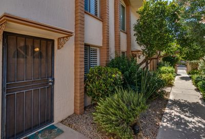 4848 N Woodmere Fairway -- Scottsdale AZ 85251