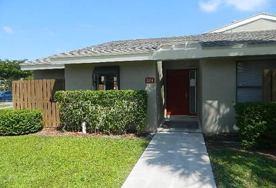 211 Meadows Drive Boynton Beach FL 33436