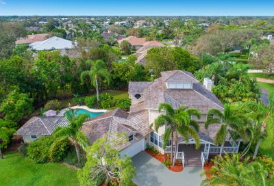 18650 SE Lakeside Way Tequesta FL 33469