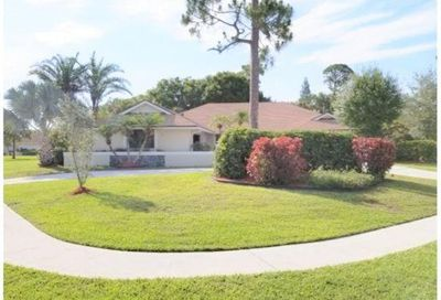 1420 Wood Dale Terrace Wellington FL 33414