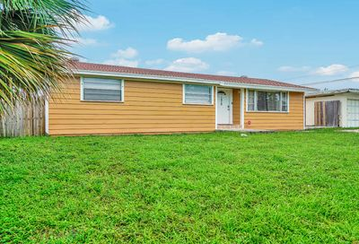 7979 Terrace Road Lantana FL 33462