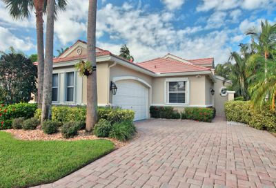 4558 Hazleton Lane Wellington FL 33449