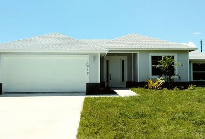 1312 SW Crest Avenue Port Saint Lucie FL 34953
