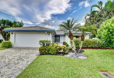 33 Woods Lane Boynton Beach FL 33436