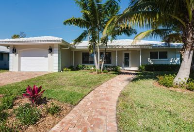 601 Apple Tree Lane Boca Raton FL 33486