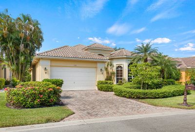 7839 L Aquila Way Delray Beach FL 33446