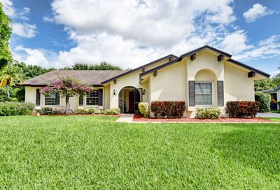 18442 102nd S Way Boca Raton FL 33498