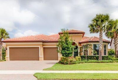 301 SE Huntington Circle Port Saint Lucie FL 34984