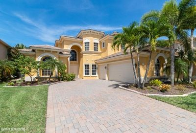 592 Edgebrook Lane Royal Palm Beach FL 33411