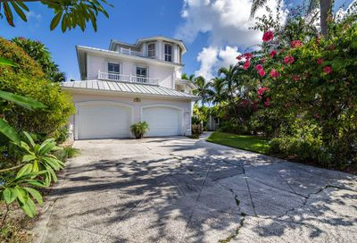 152 Intracoastal Circle Tequesta FL 33469