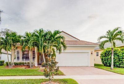 115 NW Berkeley Avenue Port Saint Lucie FL 34986