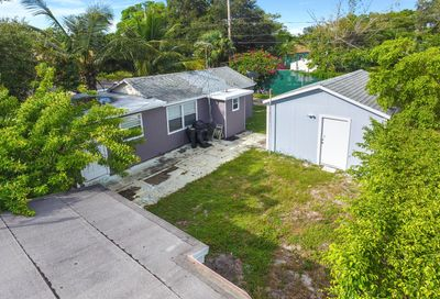 923 N Federal Highway Lake Worth FL 33460