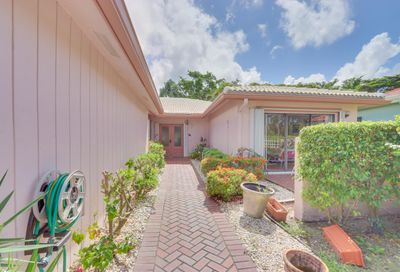42 Estate Drive Boynton Beach FL 33436