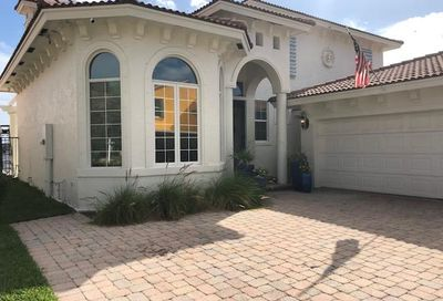 3 Lakeside Palms Court Lake Worth FL 33460