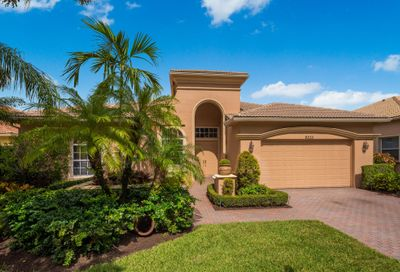 9233 Via Grande W Wellington FL 33411