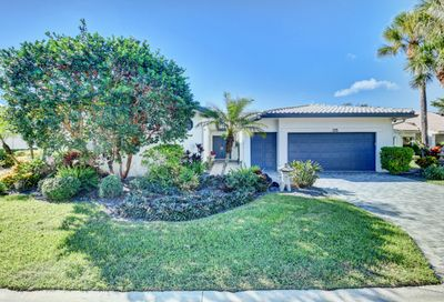 35 Hampshire Lane Boynton Beach FL 33436