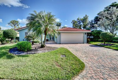 18 Estate Drive Boynton Beach FL 33436