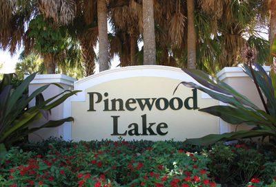 1073 Pinewood Lake Court Greenacres FL 33415