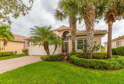 378 NW Sunview Way Saint Lucie West FL 34986