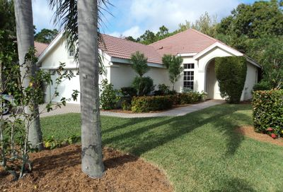 708 SW St Vincent Cove Port Saint Lucie FL 34986