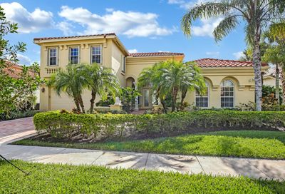 8840 Via Prestigio W Wellington FL 33411
