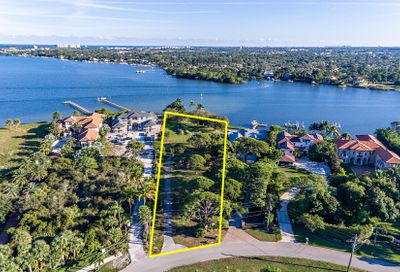 5200 Pennock Point Road Jupiter FL 33458