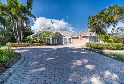 18510 SE Lakeside Drive Tequesta FL 33469