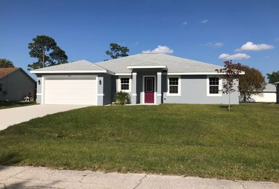 725 SW Hillsboro Circle Port Saint Lucie FL 34953