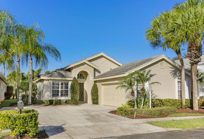 700 Clearbrook Park Circle Delray Beach FL 33445