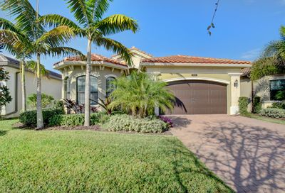 9505 Eden Roc Court Delray Beach FL 33446