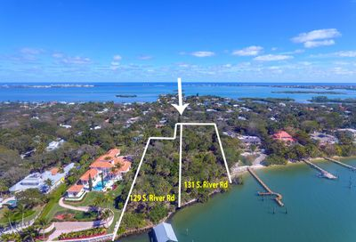 131 S River Road Sewalls Point FL 34996