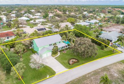 8445 SE Bayberry Terrace Hobe Sound FL 33455