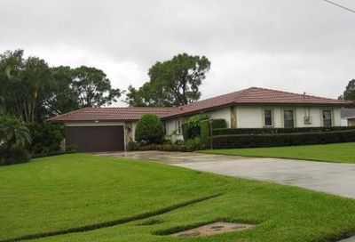 798 SE Damask Avenue Port Saint Lucie FL 34983